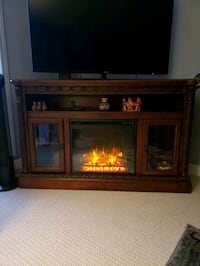 Fireplace tv stand  London, N5Y 5E4