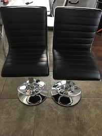 Brand new set of 2 extra sleek black bar stools San Antonio, 78255