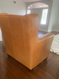 Italian leather chair Los Angeles, 91344