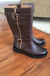 New in box brown leather vionic boots size 7 1/2.  Northville