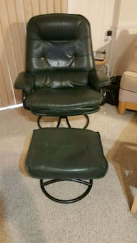Green chair swivel  with footrest Falls Church, 22042