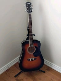 GWL- Acoustic guitar with case and guitar stand Mississauga, L5M 8E3