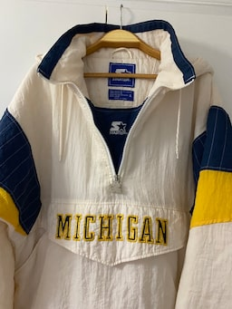 Starter Michigan Wolverines Retro NCAA Collage Hoodie / Mont deffb008-ae4d-411a-afec-3b99a7714f27