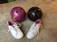 2 Nice Bowling Balls and women's shoes. Middletown, 17057