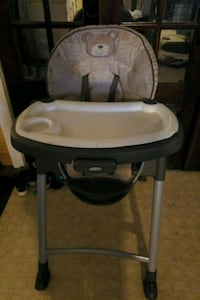 baby's white and gray high chair Lafayette, 70501