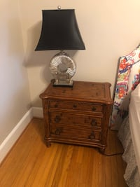 Broyhill Bedside table