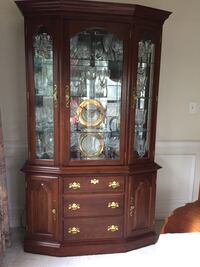 Colonial furniture company cherry china cabinet Baltimore, 21237