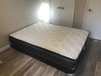 Queen mattress + Box Toronto, M4P 1Y3