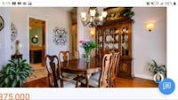 Thomasville wood dining room set. Geat condition  Temple Hills