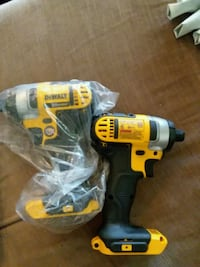 2 dewalt 20v impact guns Citrus Heights, 95621