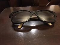 Gucci glasses - women's  Toronto, M9C 4X3