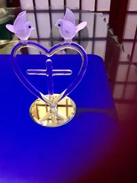 $$ AWESOME SALE $$ Doves On a Heart Cross Glass Figurine.