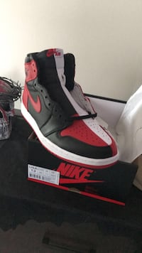unpaired black and red Nike basketball shoe Fayetteville, 28314