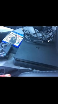 Sony ps4 console with controller Nashville, 37213