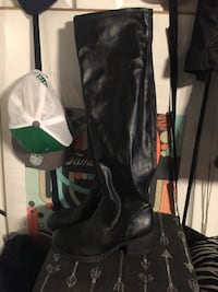 Spring Tall Boot New Size 38 Toronto, M6P 2E4