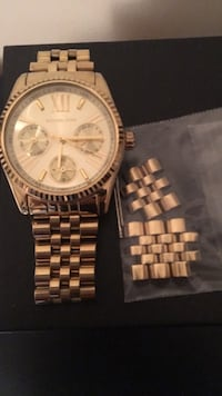 Stainless steel (gold colour) women's Michael lots watch with extra links Toronto, M6K 1G6