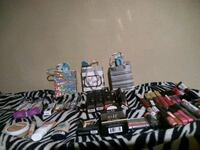 Make up for sale   5 for $ 20   bags 7 for $25 Fort Worth, 76104