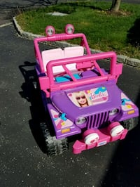 pink and purple ride on toy car Bohemia, 11716