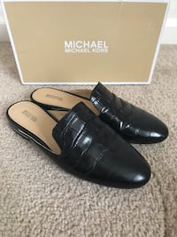 Michael Kors size 8 black leather dress shoes with box like new Reno, 89521