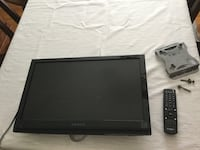 Flat screen TV ! Remote and wall mount with screws  Niagara Falls, L2J 1K6