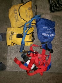 3 fall protection harnesses and other fall protection equipment  Stephens City, 22655