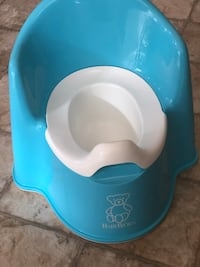 BabyBjorn blue and white potty seat Fresno, 93737