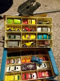 assorted color plastic toy lot Newark, 43055