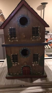 handpainted bird house  Rockville, 20850