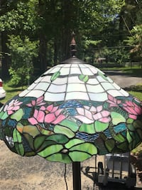 Tiffany style floor lamp Newtown Square, 19073