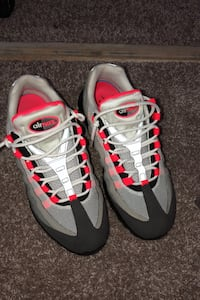 Shoes AirMax 95 og red negotiable  Silver Spring, 20904