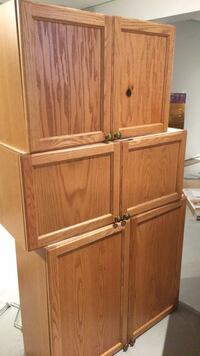 Free cabinets can work perfect for a laundry room or maybe a small kitchen it has a little stain but if you want them just a little paint will fix the problem !!! Barrie, L4N 5R2