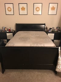 Black Queen Sleigh Bed + Pillowtop Mattress 50 km