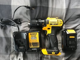 Dewalt DCD780 Cordless Drill Driver with 1.5 AH battery and charger.