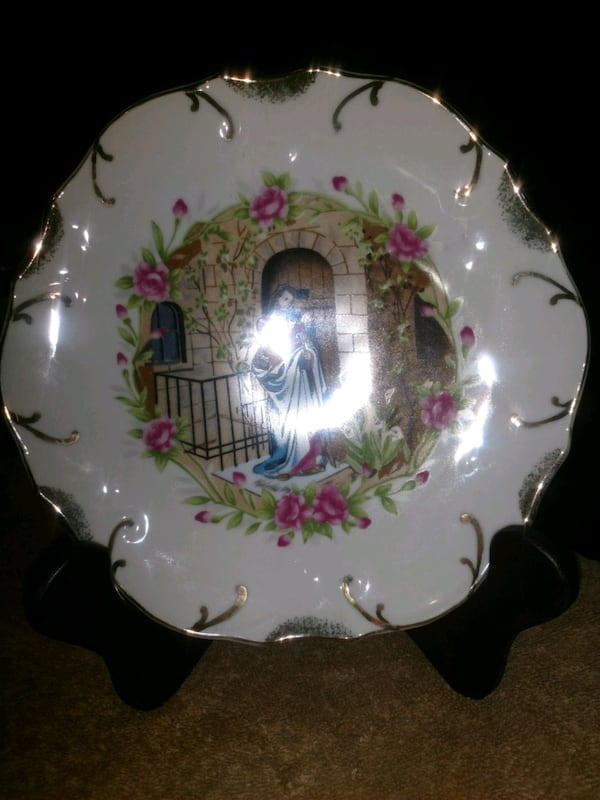 Religious plate, 18k gold edge Beautiful cf7ad1bf-1c2f-4493-a067-a7596812c596