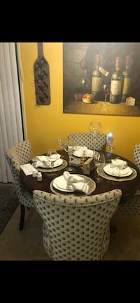 Table dining set only 3 chair