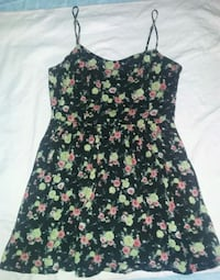 black and pink floral spaghetti strap dress Vancouver, V6H 2N9