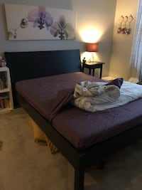 Bed and side table for sale Rockville, 20852