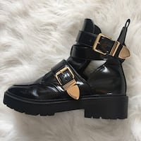 Women's black patent leather boots with buckle accent Bristol, BS1