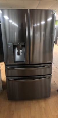 Black Stainless Steel LG Double French Door Refrigerator  Woodbridge, 22191