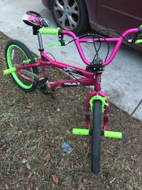 toddler's pink and green bicycle Chesapeake, 23325