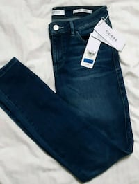 Guess jeans new with tags Vancouver, V6K 1X2