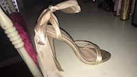 size 6 heels worn ONCE  Rochester Hills, 48307