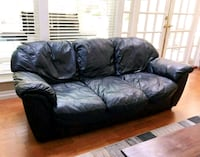 Leather couch delivery available West Vancouver, V7W 1H8