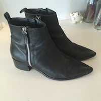 Zara leather ankle boots - size 38 Vancouver, V5N 4J1
