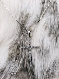 10k White Gold Box Cz Cross Necklace Burnaby, V3J 1S3