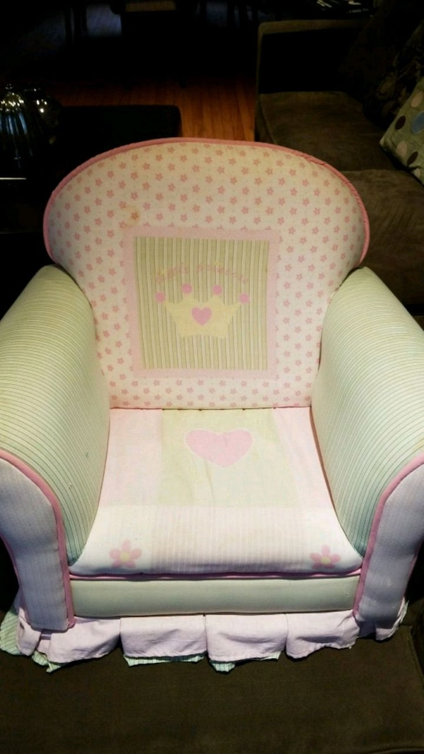Kids green and pink floral sofa chair