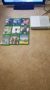Xbox one s with 9 games 42 km
