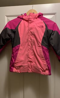 Girls North Face Jacket size 6 Derry, 03038
