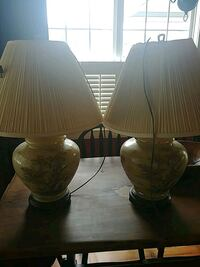 two cream ceramic table lamps Conway, 29526