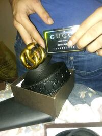 Gold Gucci belt  Pasadena, 77505